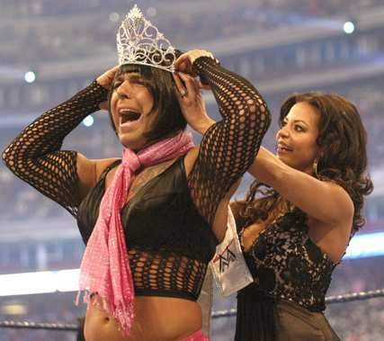 santino-marrelo-wins-miss-wrestlemani-award